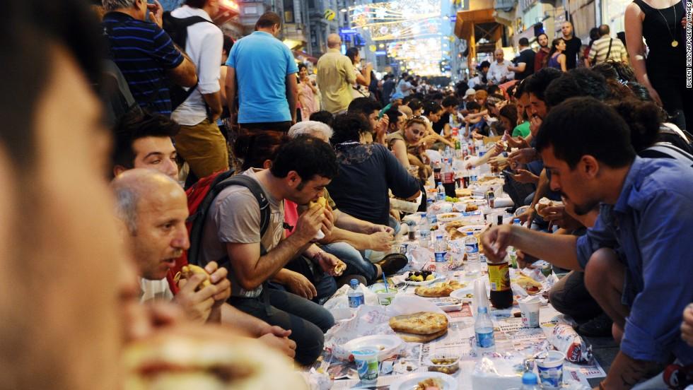 خوراک مناسب در ماه مبارک رمضان
