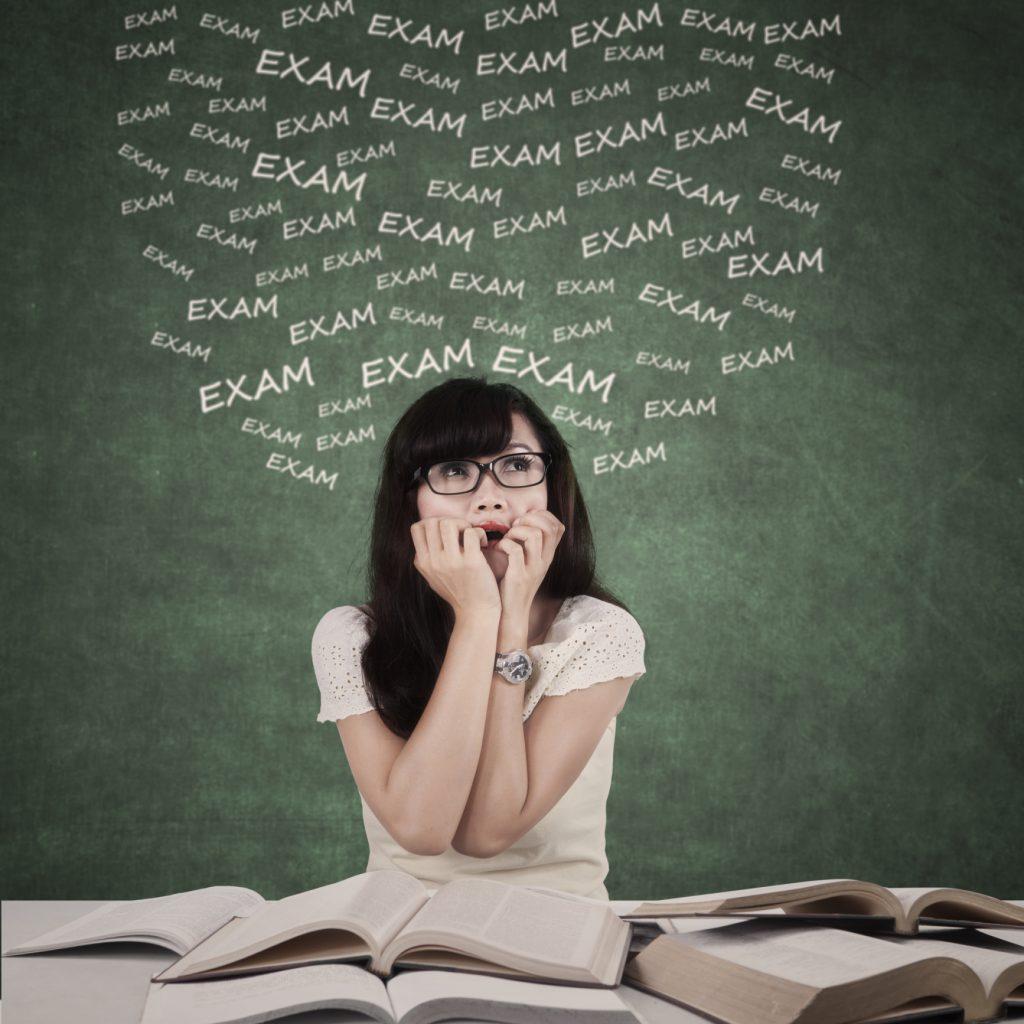 آیا کمال گرایی بر اهمال کاری تحصیلی دانش آموزان تاثیر دارد؟ مطالعه موردی دانشگاه آزاد اسلامی واحد ارسنجان