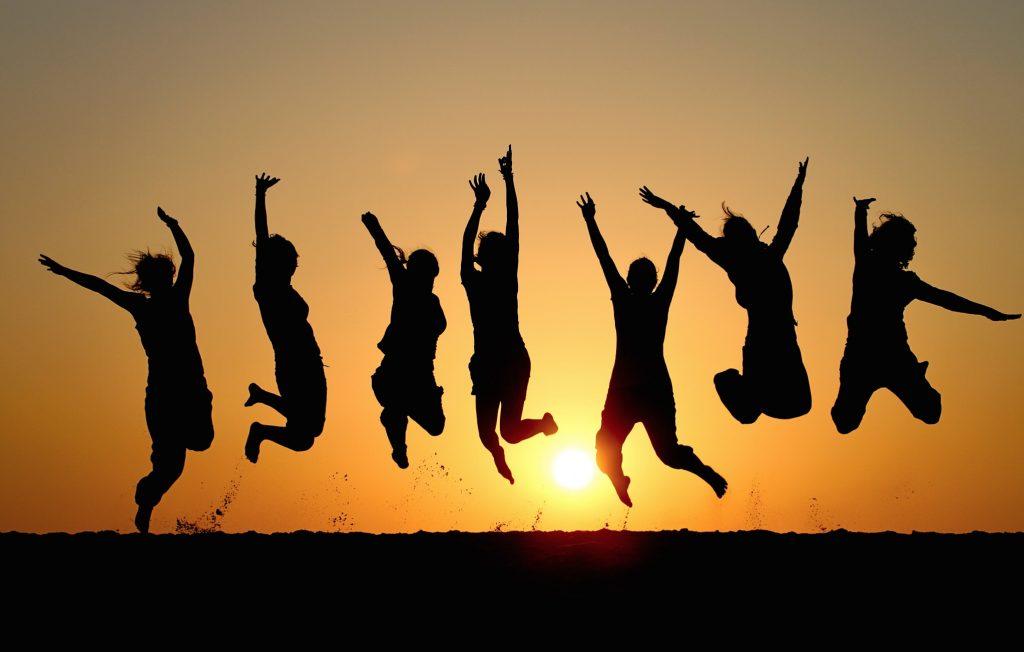 طبقه بندی هیجان ها : هیجان های مثبت و هیجان های منفی