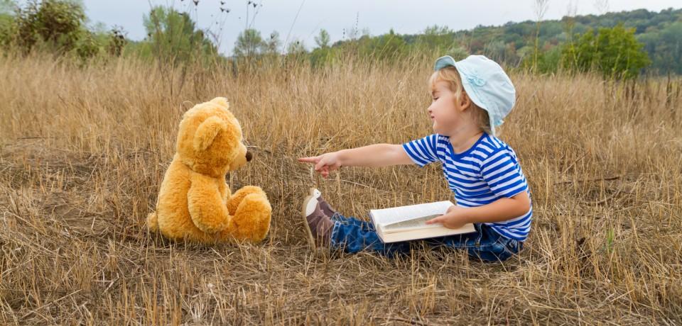 چرا دوستان خیالی کودکان والدین را نگران می کند؟